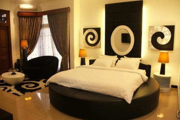 10 Hotel Murah di Solo yang Desainnya Unik dan Gak Bikin Bokek!