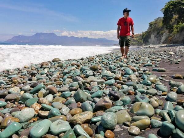 5 Pantai Terbaik dengan Hamparan Pasir Hitam di Ende, Flores, NTT