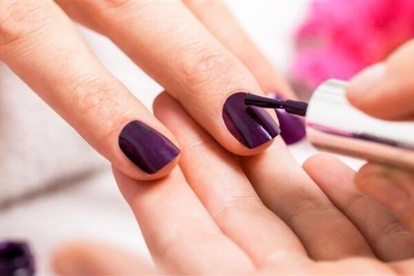 5 Rekomendasi Kuteks Agar Senada dengan Warna Kulit