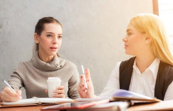 Hati-hati, 5 Hal Sepele Ini Bikin Hubungan Persahabatan Renggang Lho