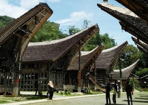 Berwisata Ke Toraja, Tidak Lengkap Tanpa Berkunjung ke 7 Destinasi Ini