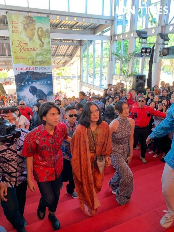 Gala Premiere Hari Ini, Perburuan dan Bumi Manusia Tayang 15 Agustus