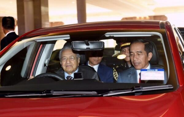 Jokowi Bertemu Mahathir, Sepakat Lawan Diskriminasi Kelapa Sawit