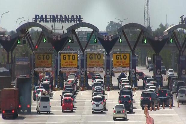 H-1 Lebaran, Gerbang Tol Cipali Arah Jateng Padat