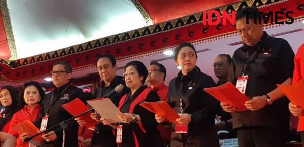 Curhatan Mega soal Kader PDIP yang Asyik Mejeng di Pantai saat Kongres