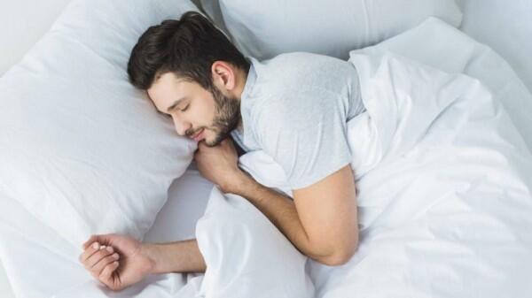 Ini 7 Cara Mengobati Mata Bengkak karena Alergi, Gak Perlu Bingung!