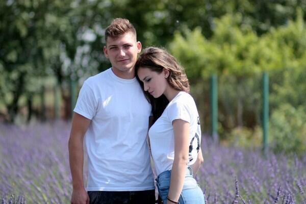 Waspadai Kehadiran Orang Ketiga dalam Hubungan! Ini 5 Tips Mencegahnya