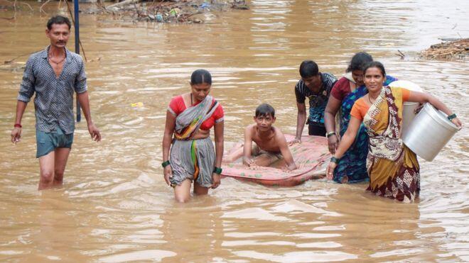 Banjir di India Menyebabkan 95 Orang Tewas