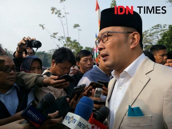 Jokowi Kurban Sapi 900 Kg di Bandung, Ridwan Kamil 625 Kg