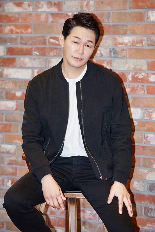 10 Potret Park Sung Woong, Aktor Senior yang Selalu Total Berakting