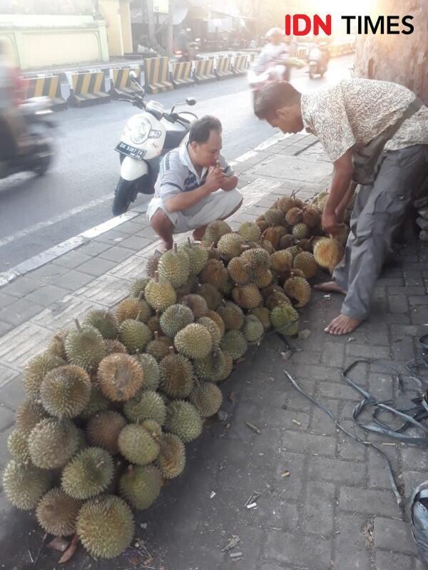 Berburu 5 Buah Khas Bali yang Wajib Kamu Coba