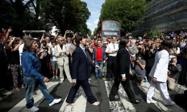 Sudah Berusia 50 Tahun, Inilah Kisah di Balik Foto Ikonik The Beatles