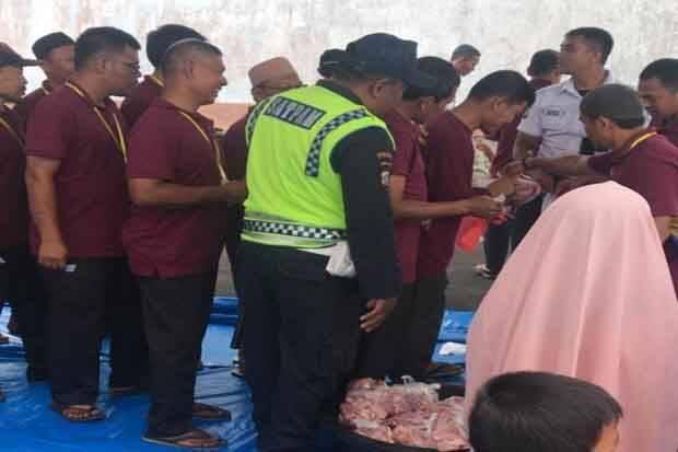 Pertamina MOR 1 Salurkan 64 Hewan Kurban di Medan