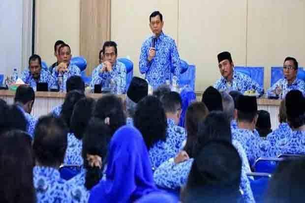 Bupati Simalungun Batalkan Pemberhentian 1.695 Guru PNS Non Sarjana