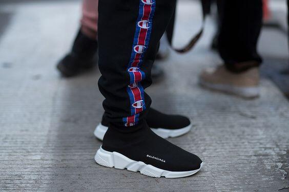 Gak Mampu Beli Sneakers Balenciaga? Alternatifnya Pake Brand Lokal Ini Gan!