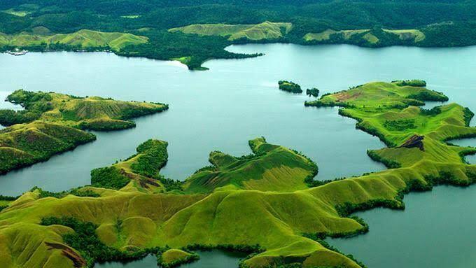 10 Danau Kece Di Indonesia Yang Wajib Kamu Kunjungi