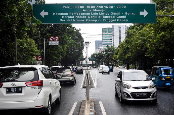 Mungkinkah taksi online bebas dari ganjil-genap