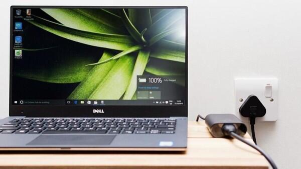 5 Kebiasaan yang Bikin Laptop Gampang Drop dan Gak Awet, Catat ya!