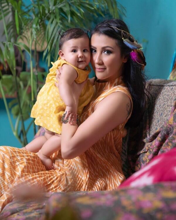 Like Mother Like Daughter, 10 Kekompakan Pemotretan Sharena & Baby Sea