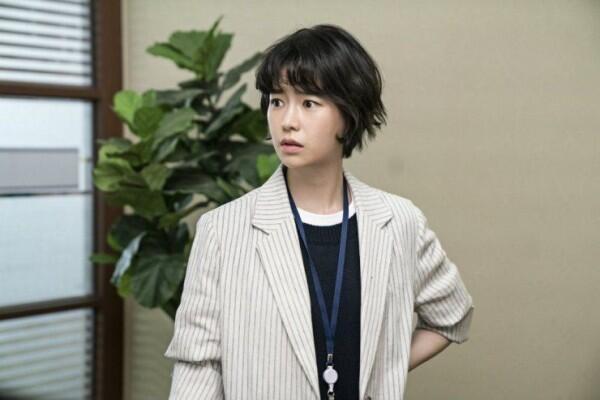 Jadi Polwan Tomboy, Ini 9 Potret Lim Ji Yeon di KDrama Welcome 2 Life