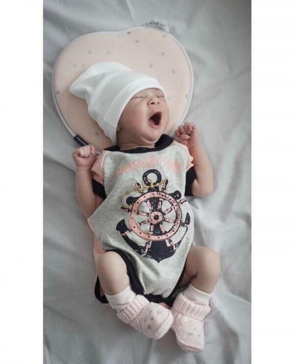 10 Potret Lalika Airia June, Anak Pertama Poppy Sovia yang Manis Abis