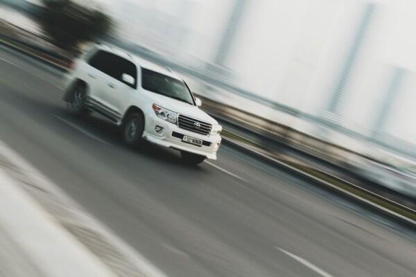 Benarkah Mobil SUV Mudah Terguling? Ini Penjelasannya