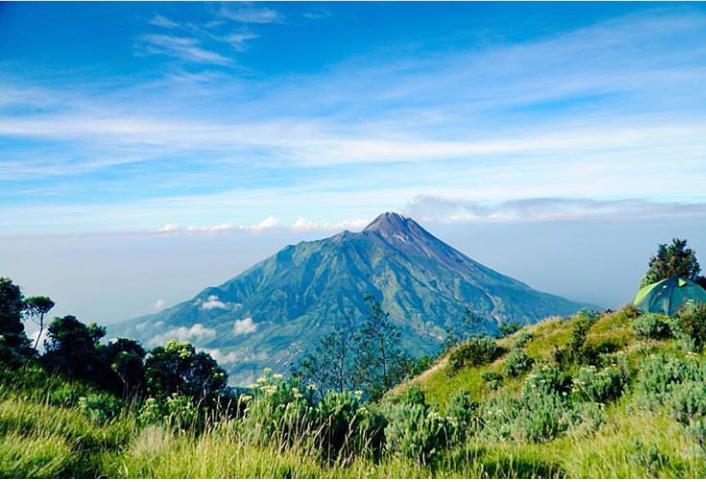 Kita Harus Bangga Menjadi Warga Indonesia, Kenapa? Ini Dia Alasanya