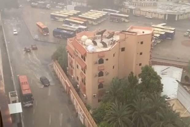 Hujan Deras di Mina Tak Berdampak pada Jamaah Haji Indonesia