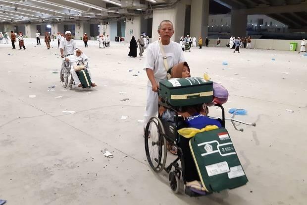 Jamaah Haji Nafar Awal Mulai Tinggalkan Mina