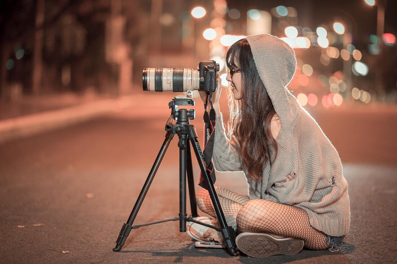 Apakah Kamu Youtuber Selebgram Viewer Bahkan Pemula? Kamu Wajib Gunakan Kamera Ini!