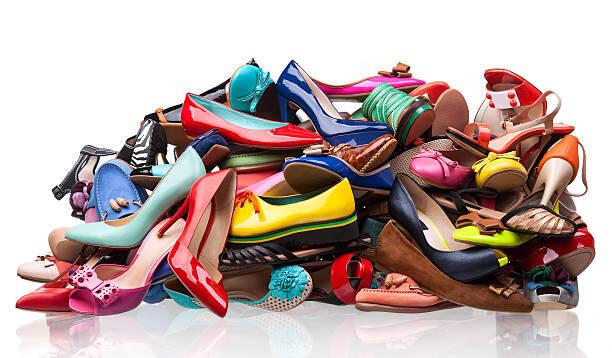Mau Sepatu Bebas Bau? Ikuti Tips – Tips Sederhana Ini!