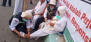 Aksi Tim Gerak Cepat Melayani Jemaah di Mina