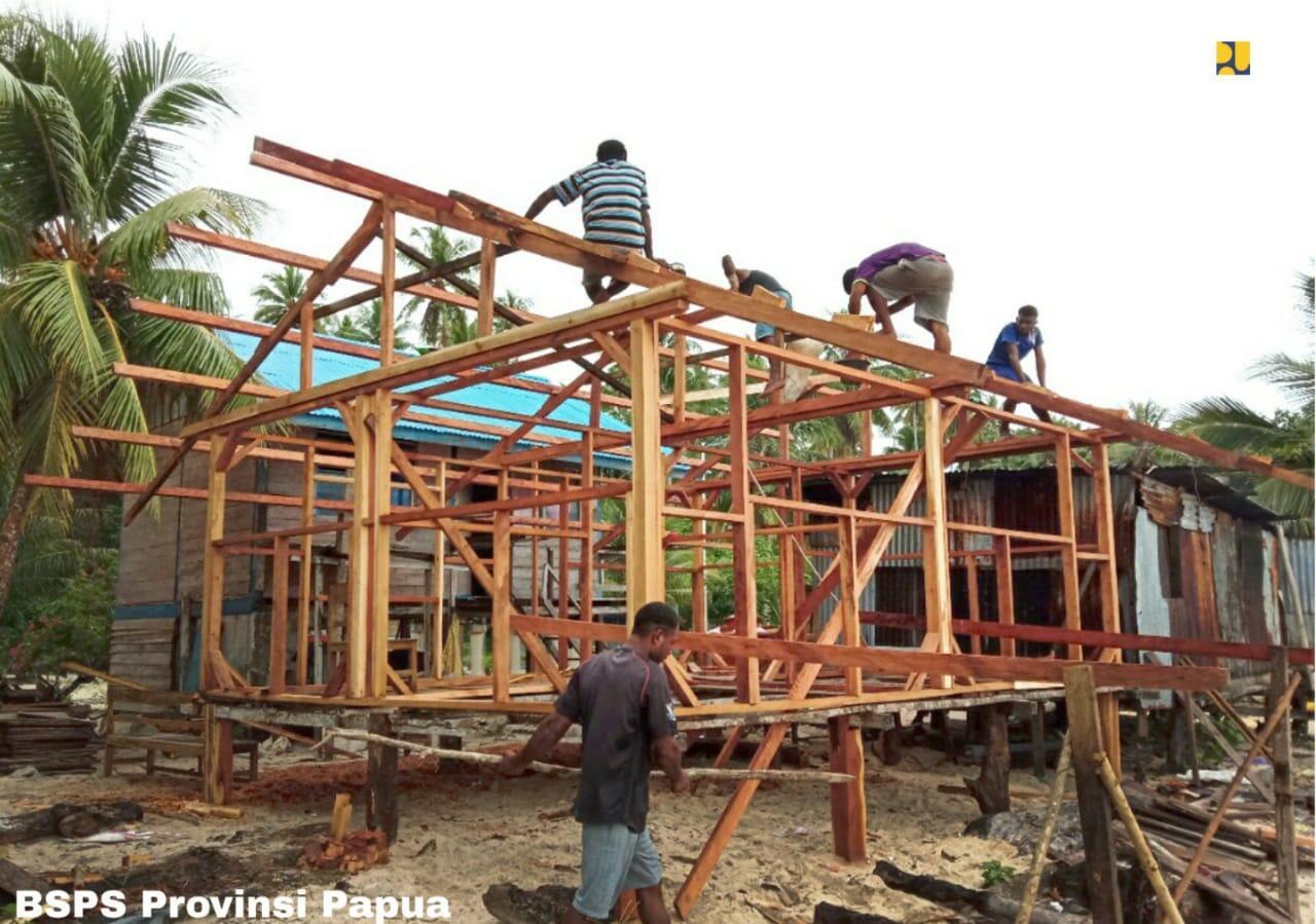 Bantuan Bedah Rumah PUPR, 4.500 Unit di Jambi dan 3.690 Unit di Papua