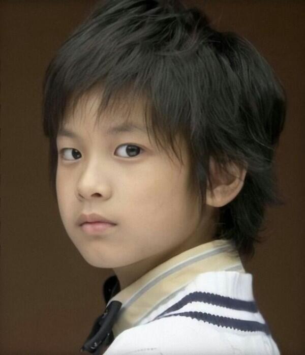 6 Potret Transformasi Chanwoo iKON, Aktor Cilik hingga YouTuber