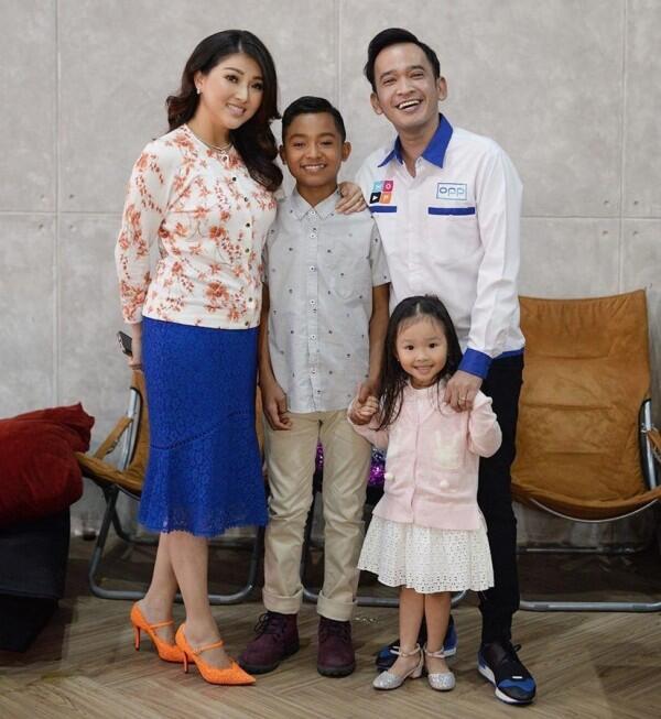 10 Ide OOTD Kompak ala Keluarga Ruben Onsu, Family Goals Banget!