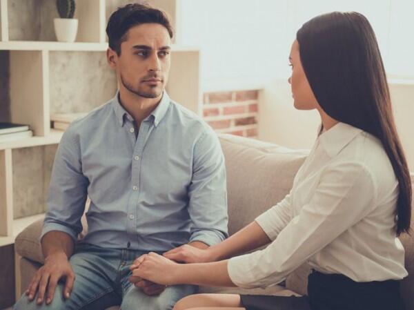 5 Sifat yang Tanpa Kamu Sadari Bikin Pasangan Menjauh, Yuk Berubah