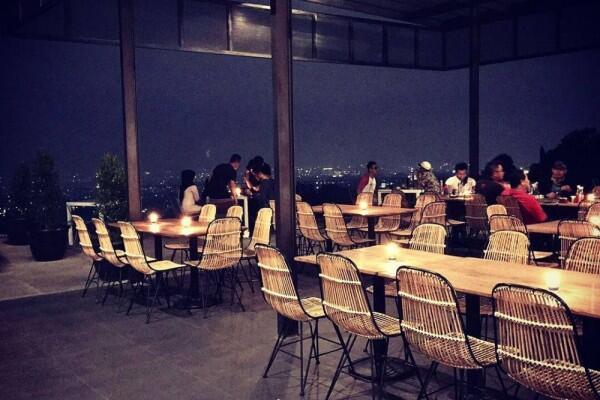 8 Kafe Kekinian di Bandung Utara yang Patut Dikunjungi