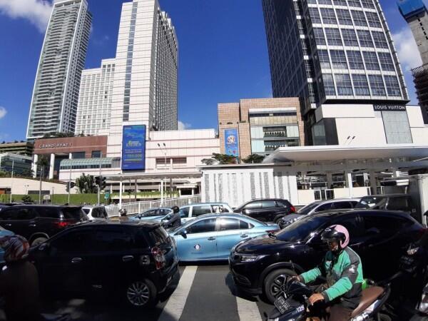 Anies Baswedan Luncurkan Aplikasi Uji Emisi Kendaraan, Apa Fungsinya?