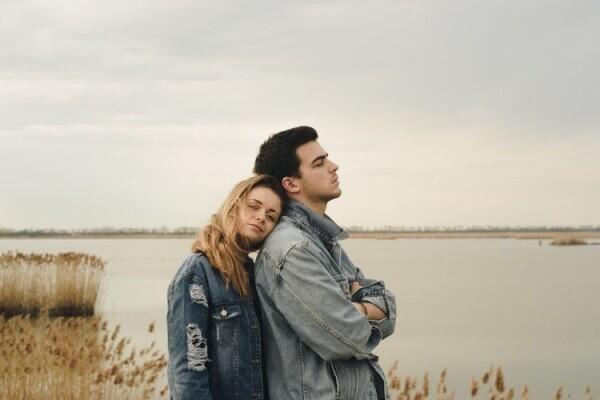 5 Kesalahan Ini Rawan Terjadi Ketika Kamu Terlalu Cepat Jatuh Cinta