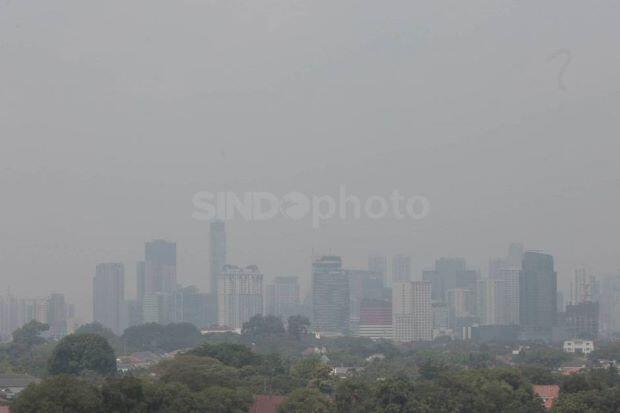 Atasi Polusi, Pemerintah Diminta Tertibkan Industri Berkadar Emisi Tinggi