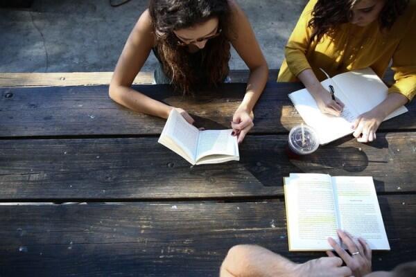 5 Hal Sepele yang Membuat Hubungan Persahabatanmu Jadi Renggang