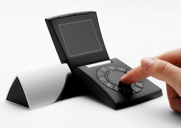 5 Ponsel Ini Punya Desain Paling Nyeleneh, Bikin Gagal Paham