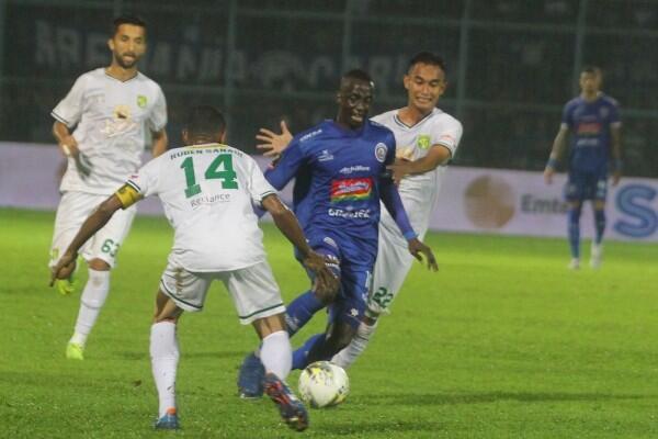 Arema FC vs Persebaya: El Clasico Jawa Timur yang Selalu Membara