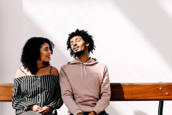6 Cara Ampuh Bikin Mantan Menyesal Mutusin Kamu, Tertarik Coba?