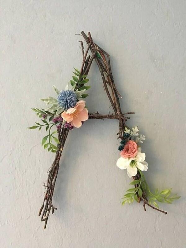 10 Ide Dekorasi Kamar dari Ranting Pohon, Biar Makin Rustic!