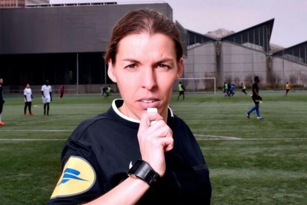 Stephanie Frappart, Perempuan Pertama di Laga Piala Super Eropa