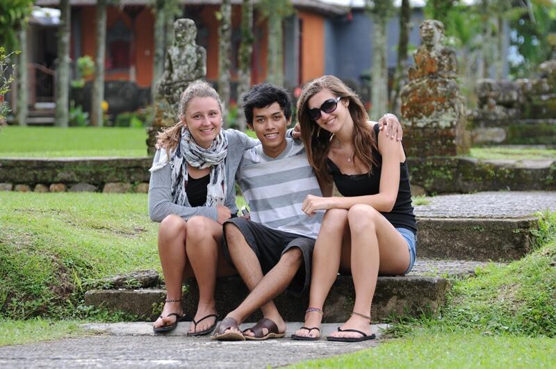 Orang Luar Tidak Tahu Indonesia, Membuat Saya Semakin Bangga