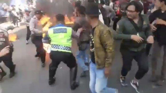 Kronologi 3 Anggota Polisi Cianjur Terbakar saat Amankan Unjuk Rasa