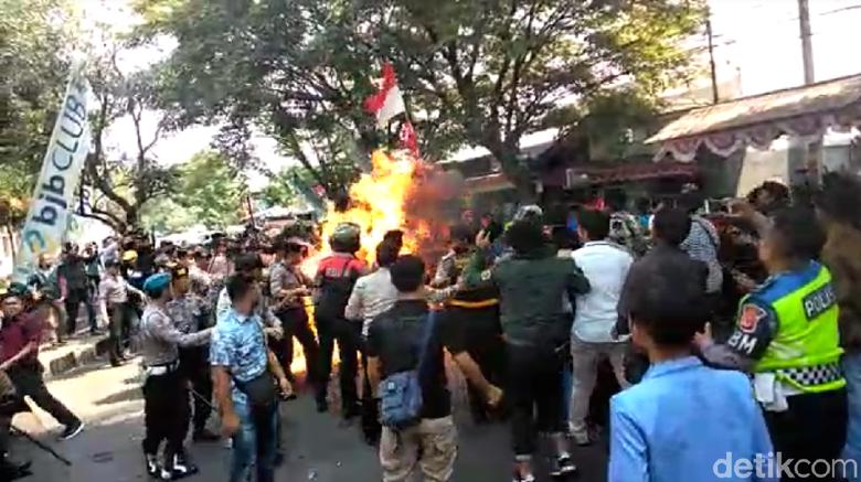 Tersangka Insiden Polisi Terbakar di Cianjur Bertambah Dua Orang