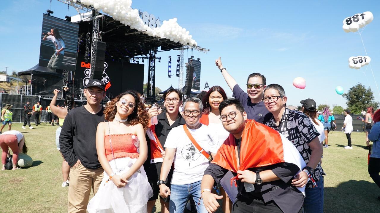 Bikin Bangga! Musisi Indonesia Tampil di Head in the Clouds 2019